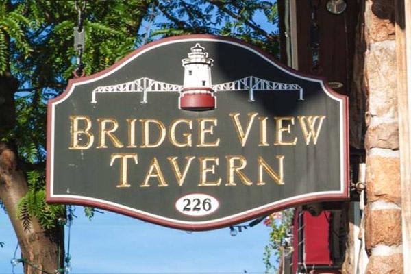Bridgeview Tavern